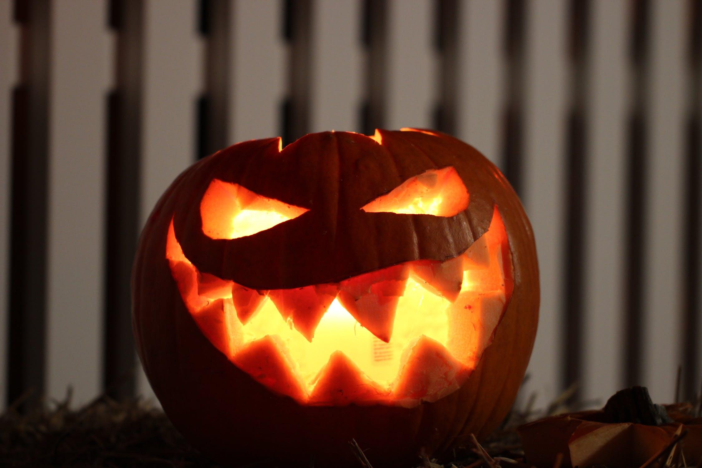 pumpkin scary halloween